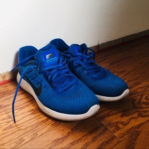 Blue Nike Running Shoes Size 9.5